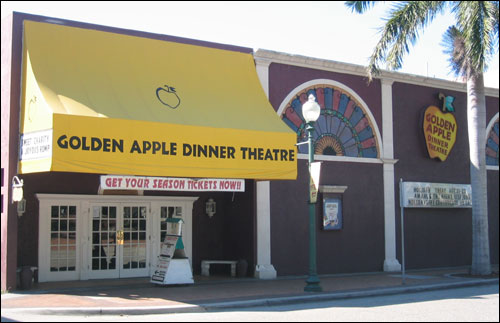 Golden Apple Dinner Theatre
