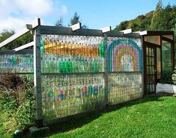 Беседка из пластиковых бутылок для дачи своими руками