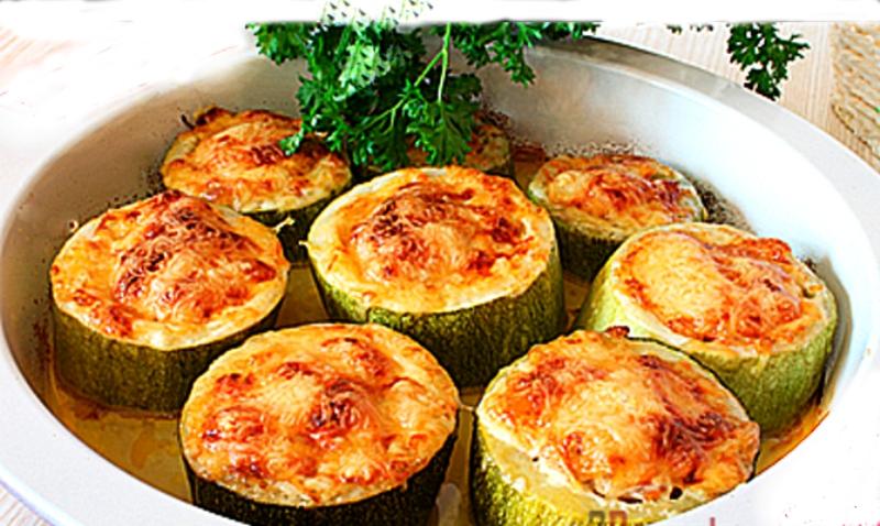 Рецепт кабачки с фаршем и овощами