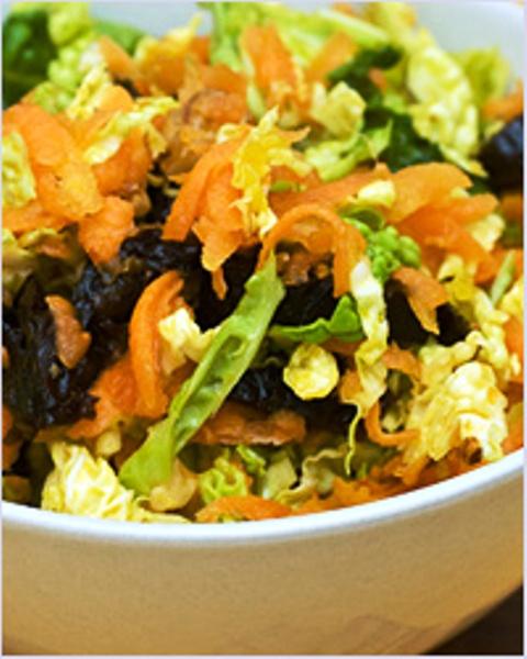 салат из капусты и чернослива