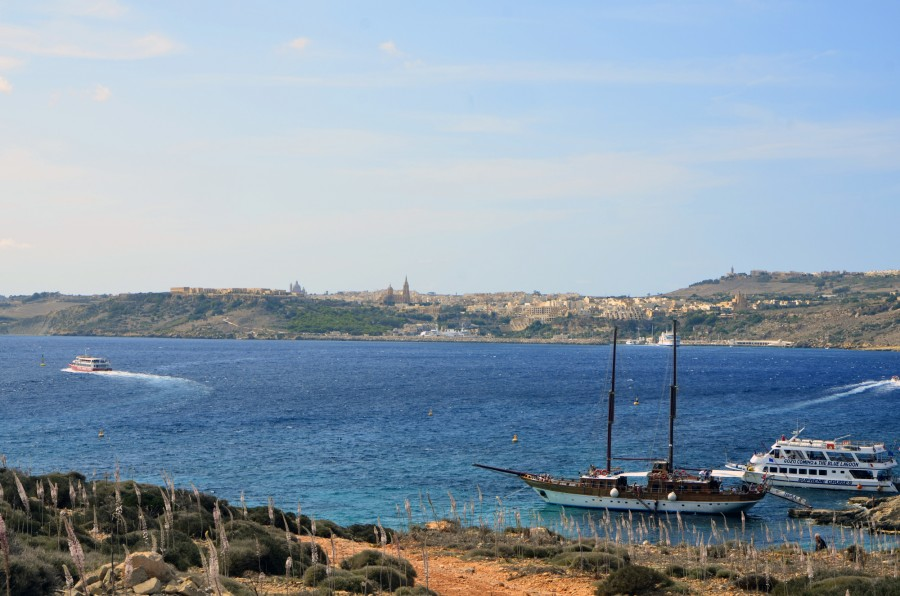Gozo_view_Comino
