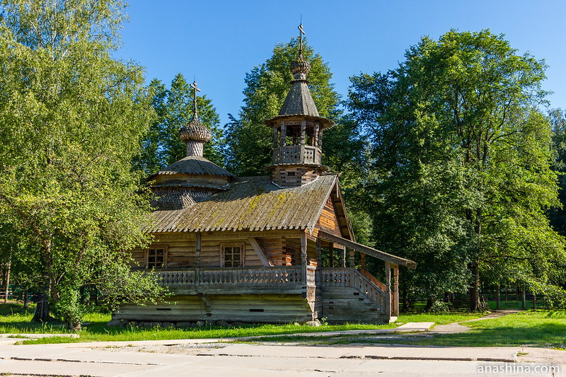 Часовня Кирика и Иулиты из деревни Кашира Маловишерского района, 1745 год