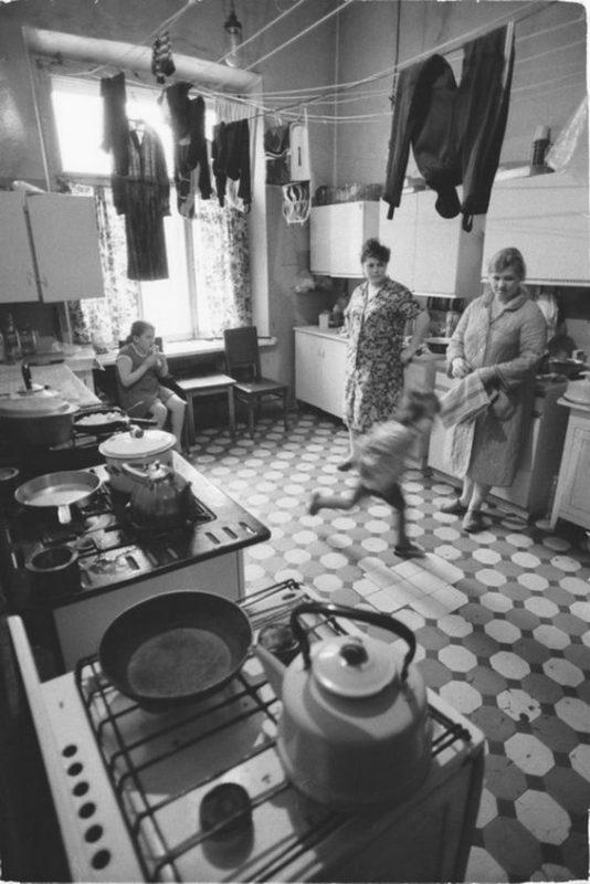 Кухня в коммуналке. Фото из интернета