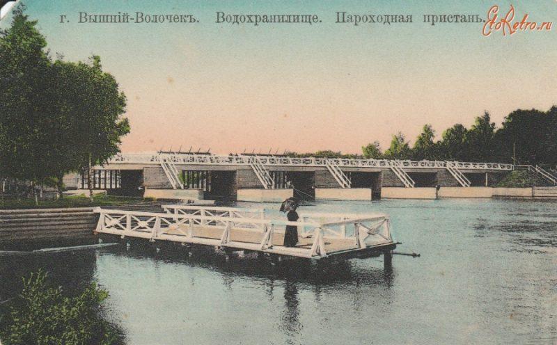 Пароходная пристань на Вышневолоцком водохранилище