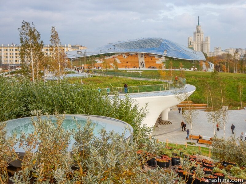 Парк «Зарядье», вид в сторону Большого Амфитеатра