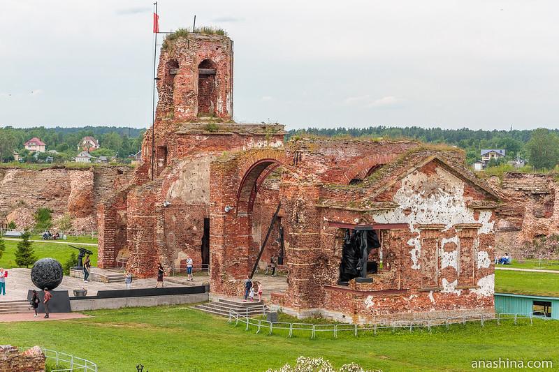 Мемориальный комплекс Иоанновского собора в крепости Орешек