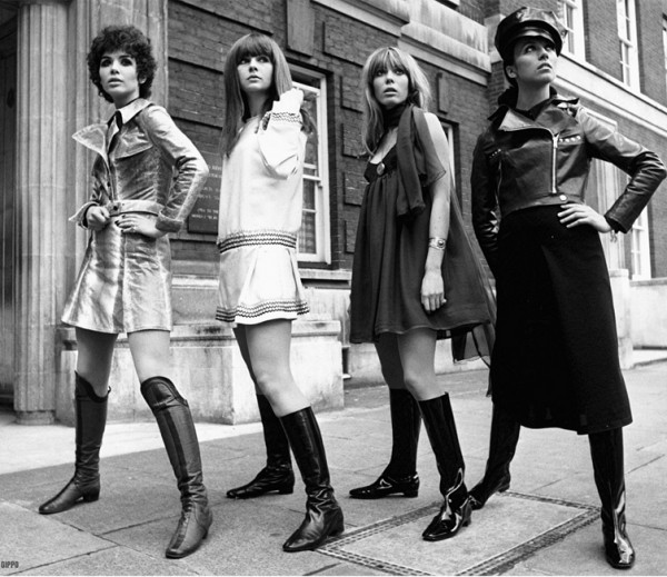 С разных сторон. - Мода 1960-х.