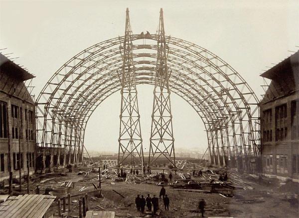 Строительство Брянского (ныне Киевского) вокзала. Арх. И.И. Рерберг, инж. В.Г. Шухов