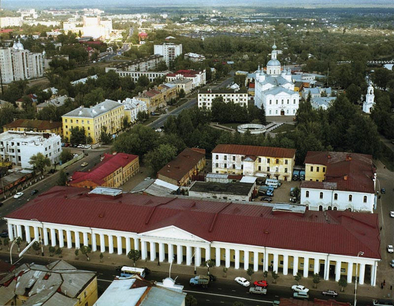 Гостиный двор в Тамбове. Фото 2000-х гг.