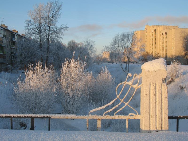 Замятинский мост у Вознесенского монастыря. Фото 2010 г. Иллюстрация из книги о Соборной площади