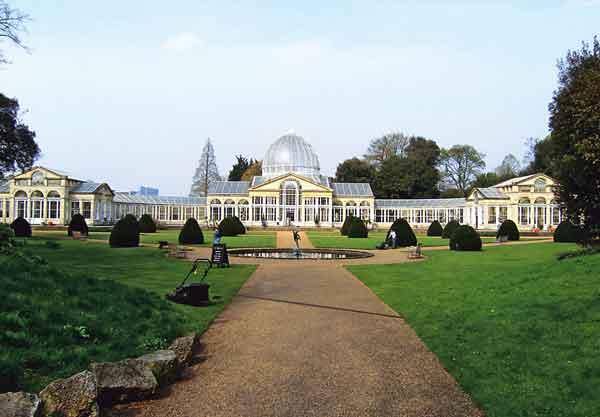 Оранжерея (1828-1830) в парке Сайон под Лондоном. 18 в. 2007