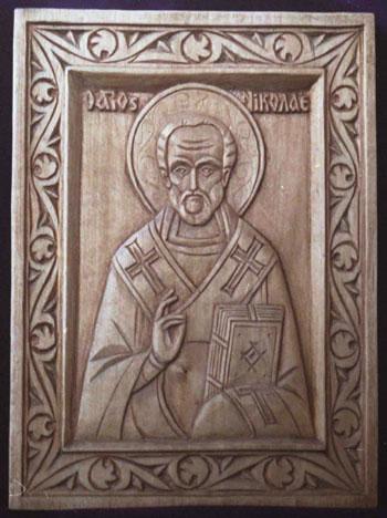 1. Святитель Николай. Скульптор А. Климков. Дерево. 2004