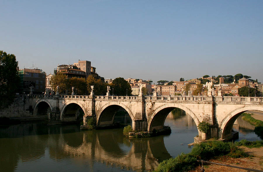 Мост Святого Ангела в Риме. 134-139 гг.