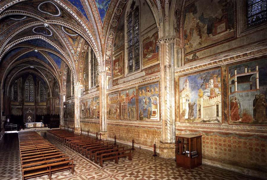 Церковь Сан-Франческо в Ассизи