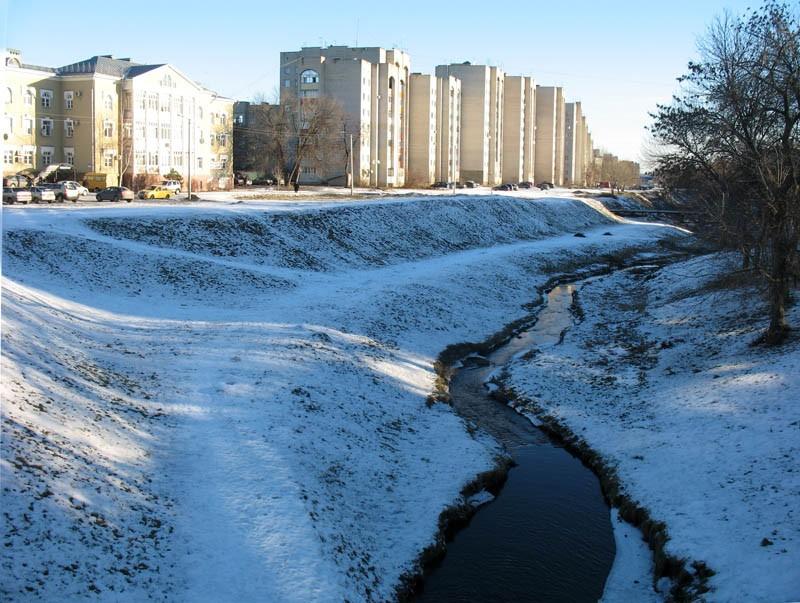 Речка Студенец. Вид с Державинского моста. Тамбов. Фото 29 декабря 2012 г.