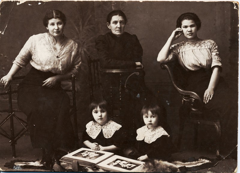 2. Семья фотографа