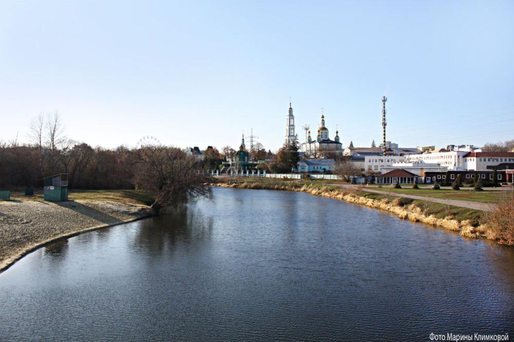 Вид на Цну и Спасо-Преображенский кафедральный собор. Фото 1 ноября 2019 года