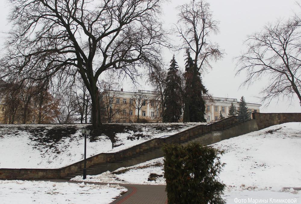 """Здание гостиницы """"Тамбов"""". Фото 2015 года"""
