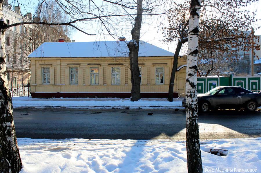 Тамбов. Дом с лирой на улице Куйбышева. Фото 2013 года