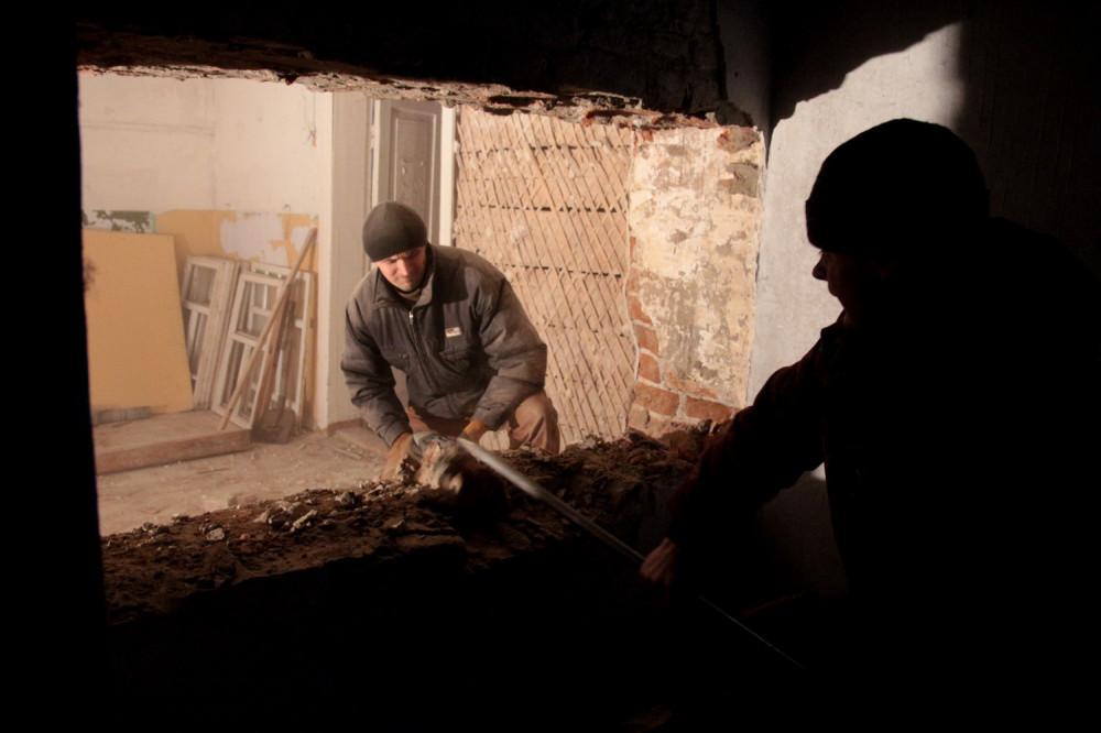 Работы в Тихвинской церкви села Канищево. Фото В.М. Шохина. Ноябрь 2019 года