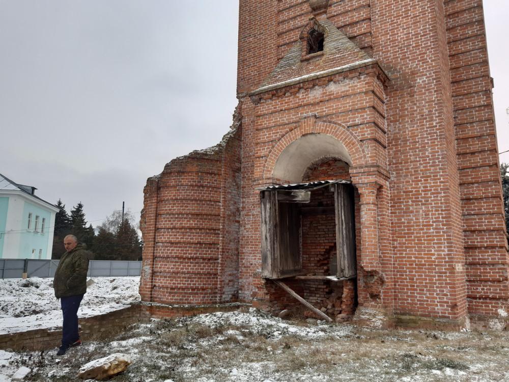 На месте бывшей усадьбы в Знаменке Тамбовской области. Фото А. Захаровой