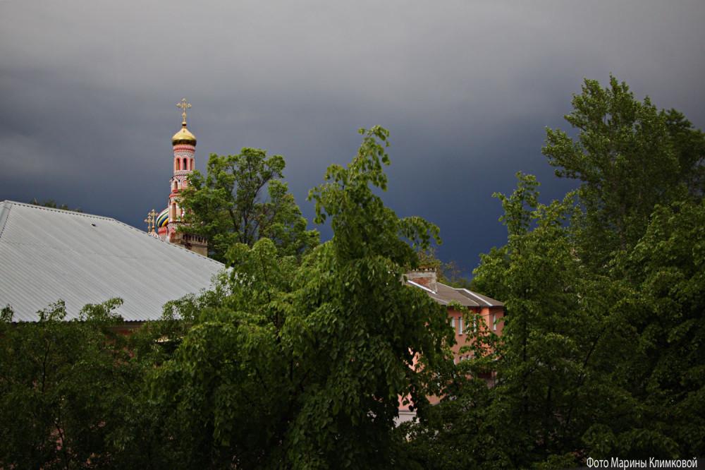 Вид из окна. Фото 18 мая 2020 года