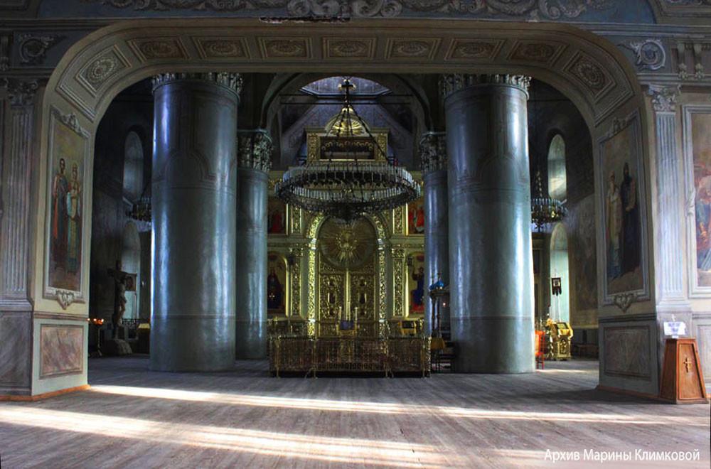Верхний храм Спасо-Преображенского собора города Тамбова. Фото 2013 года
