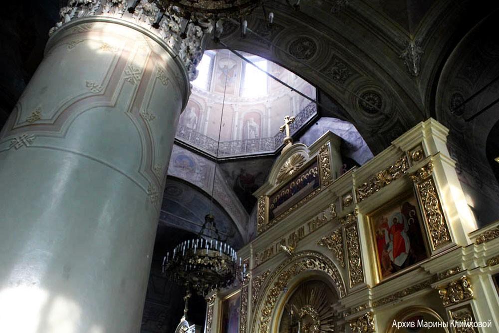 В верхнем храме Спасо-Преображенского собора города Тамбова. Фото 2013 года