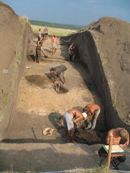 Раскопки Давыдовского городища 2006 г.