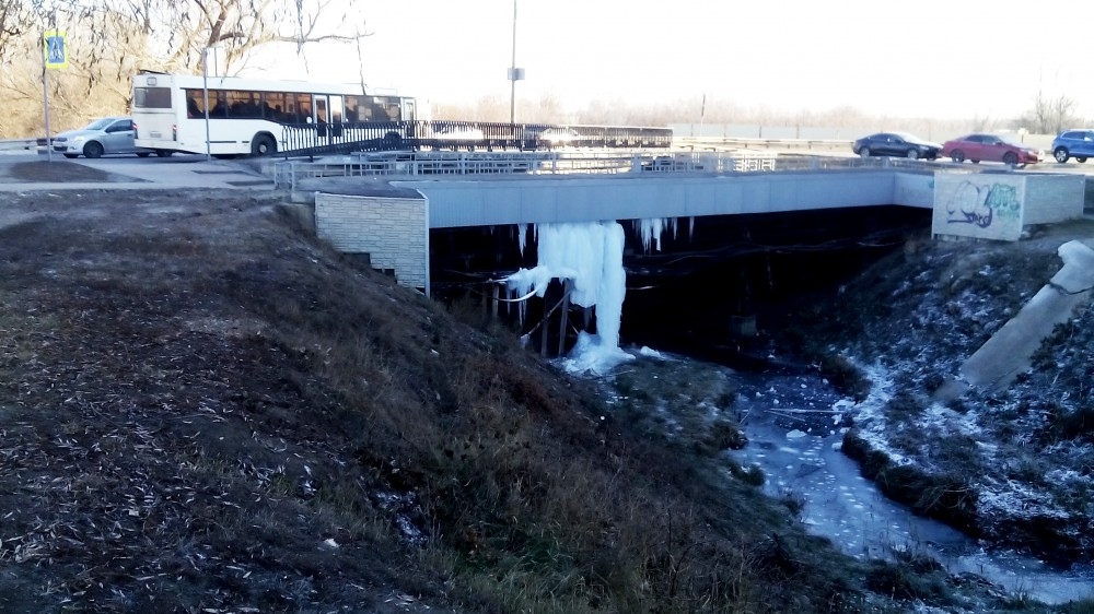 Замятинский мост. Студенецкая набережная. Тамбов. Фото 6 декабря 2020 года
