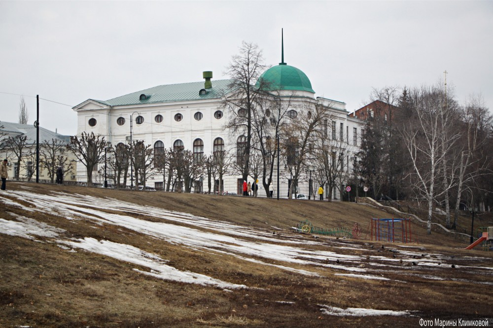 Здание ТГТУ. Тамбов. Фото 1 апреля 2021 года
