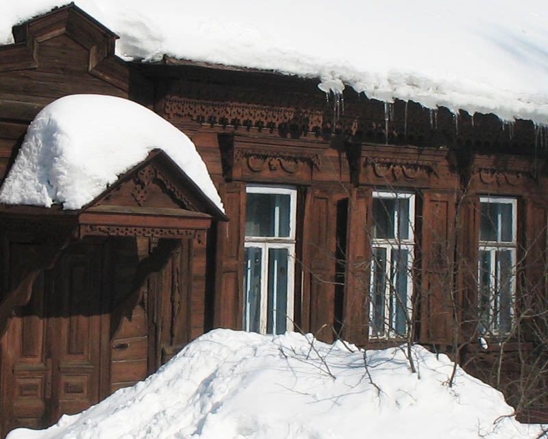 Пример деревянного зодчества в Тамбове. Фото 2006 г.