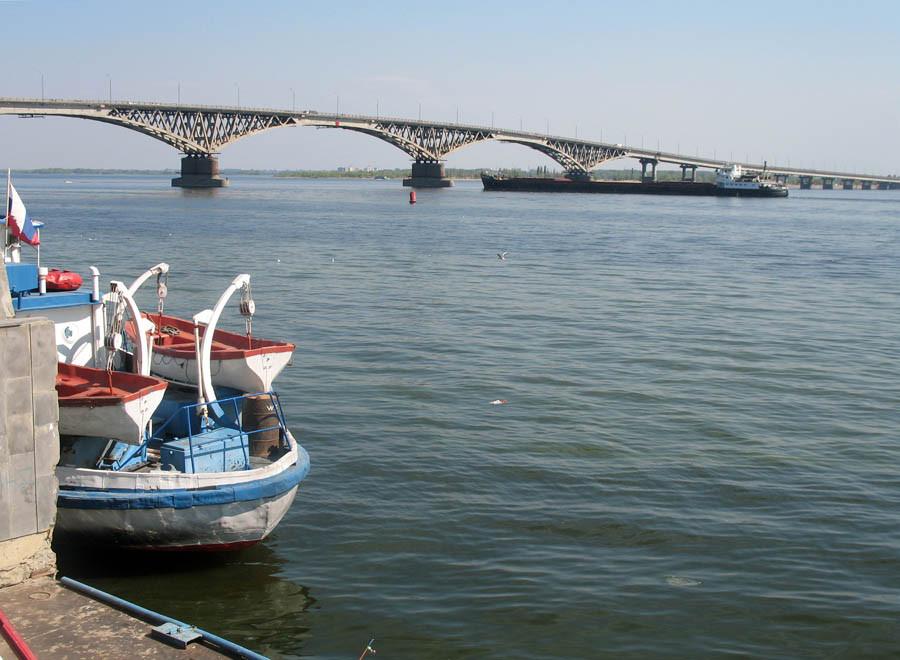 Мост через Волгу. Саратов. Фото 2006 г.