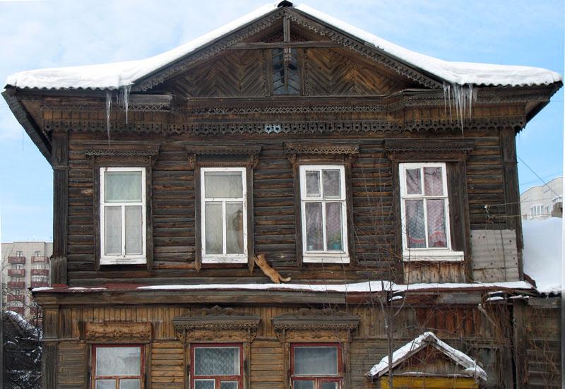 Дом на улице М. Горького. Фото 2006 г.