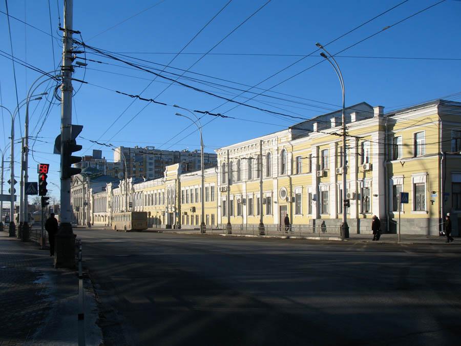 Здание бывшей женской гимназии. Тамбов. Фото 8 марта 2013 г.