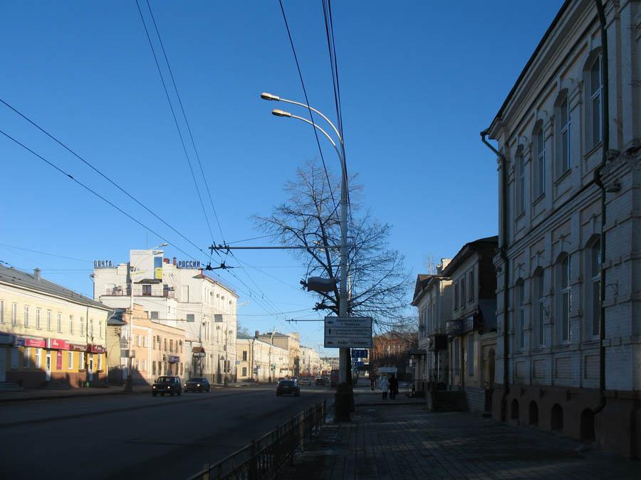 Здание бывшего Серафимовского училища. Тамбов. Фото 8 марта 2013 г.