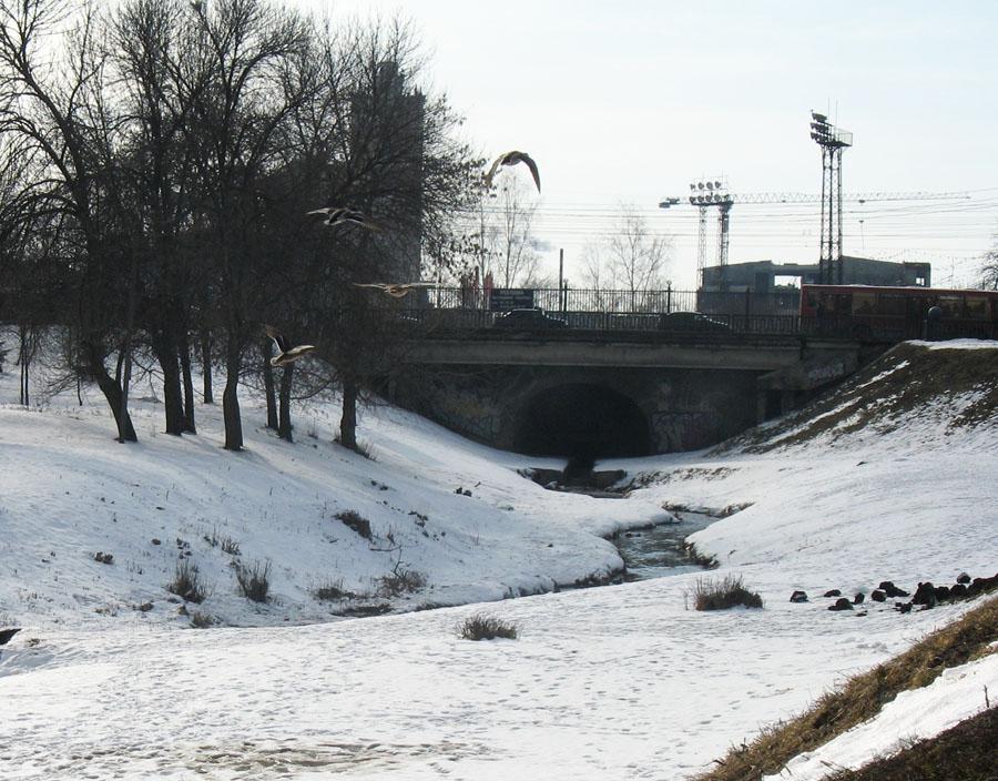 Мост через Студенец. Фото 22 марта 2013 г.