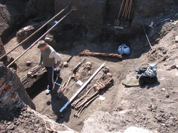 Археологические раскопки на улице Советской в Тамбове. Фото 2009 г.