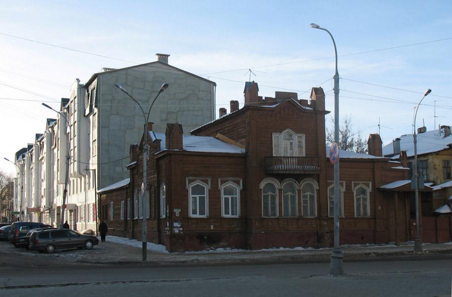 Дом № 154 на ул. К. Маркса в Тамбове. Фото 1999 г.