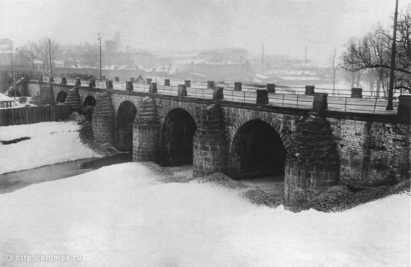 Лефортовский мост. Москва. Фото конца XIX в.
