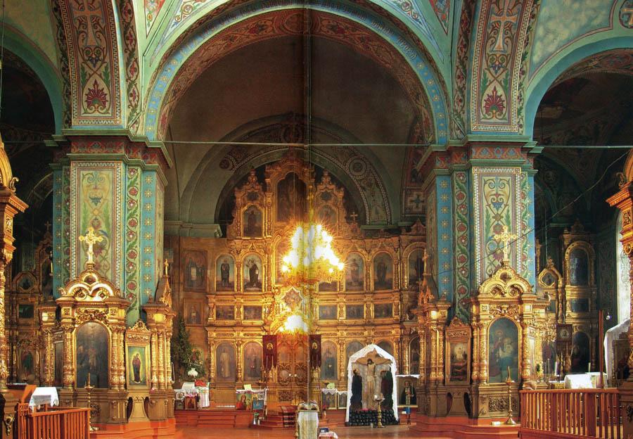 Иконостас Троицкого храма в Пичаеве