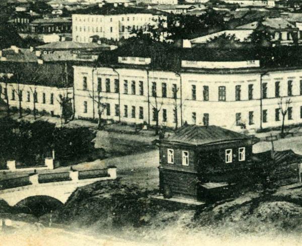 1. Мост через ров на Дворцовой улице в Тамбове