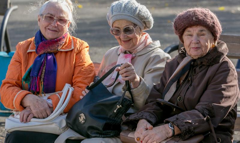 В Петербурге захотели ввести денежную надбавку пенсионерам