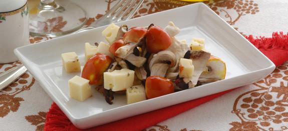 Ovoli-e-porcini-in-insalata-Antipasti-Trentino-Alto-Adige