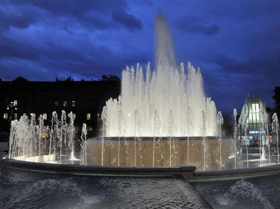 fontana-kXdG-U430407442162029iC-1224x916@Corriere-Web-Milano