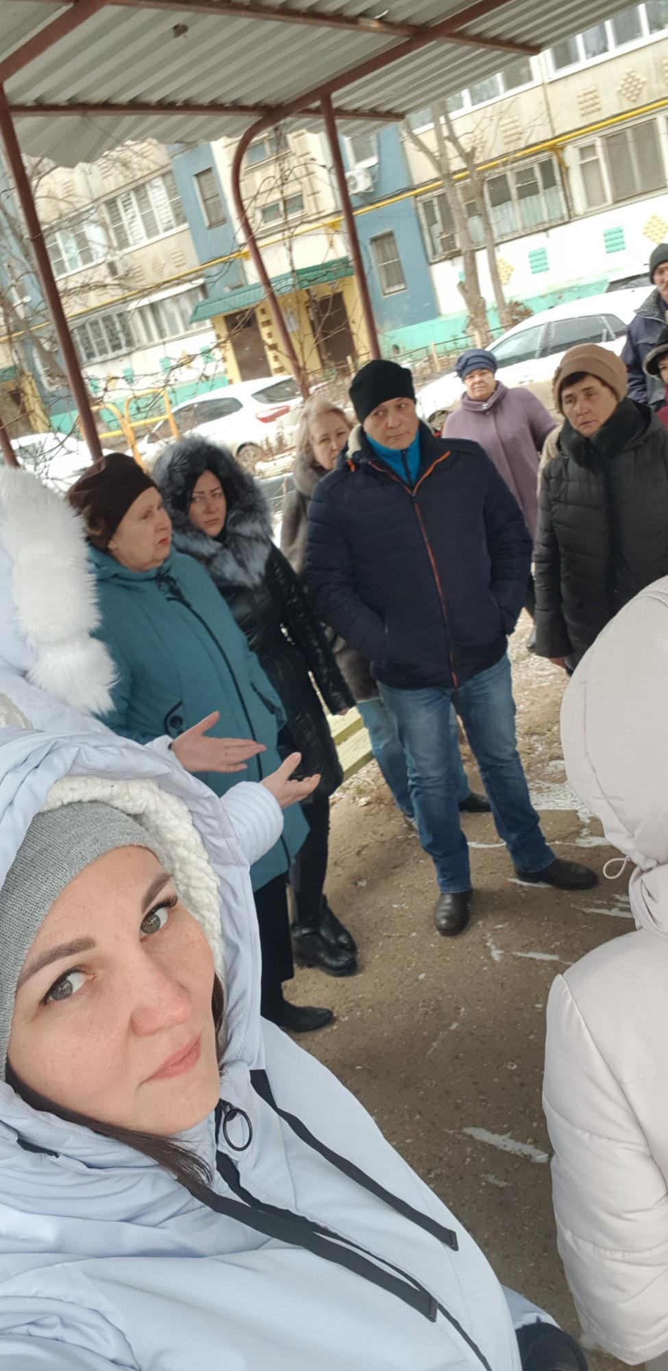 Собрание жителей дома по ул. Н. Островского, 150