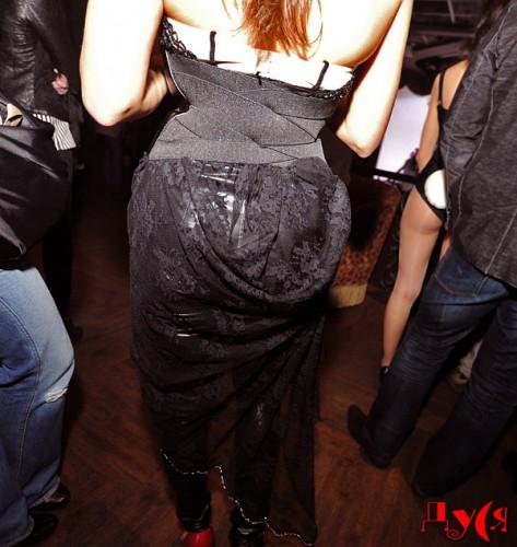 http://ic.pics.livejournal.com/marinni/17658304/787880/787880_original.jpg