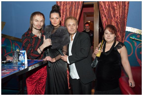 http://ic.pics.livejournal.com/marinni/17658304/794017/794017_original.jpg