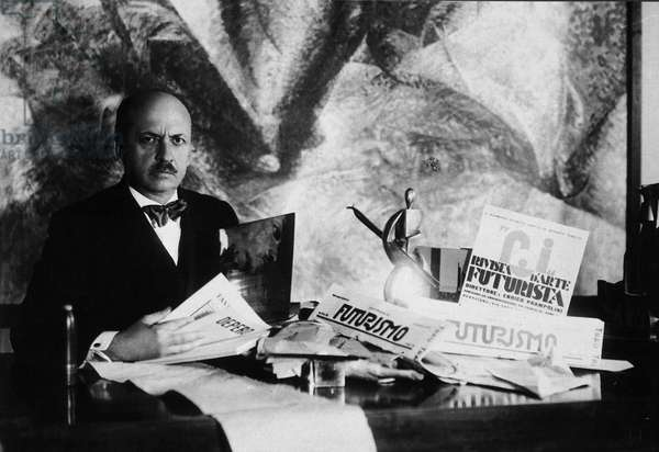 Филиппо Томмазо Маринетти (1876 — 1944) — основатель движения футуристов