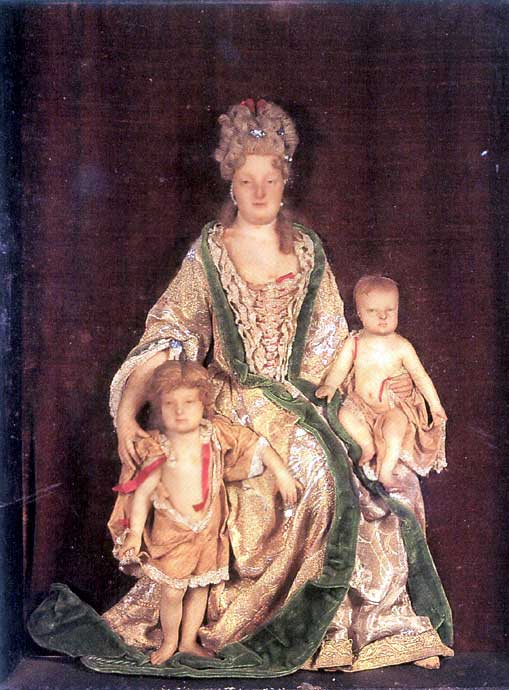 1698---1707-wax-portrait-of-2
